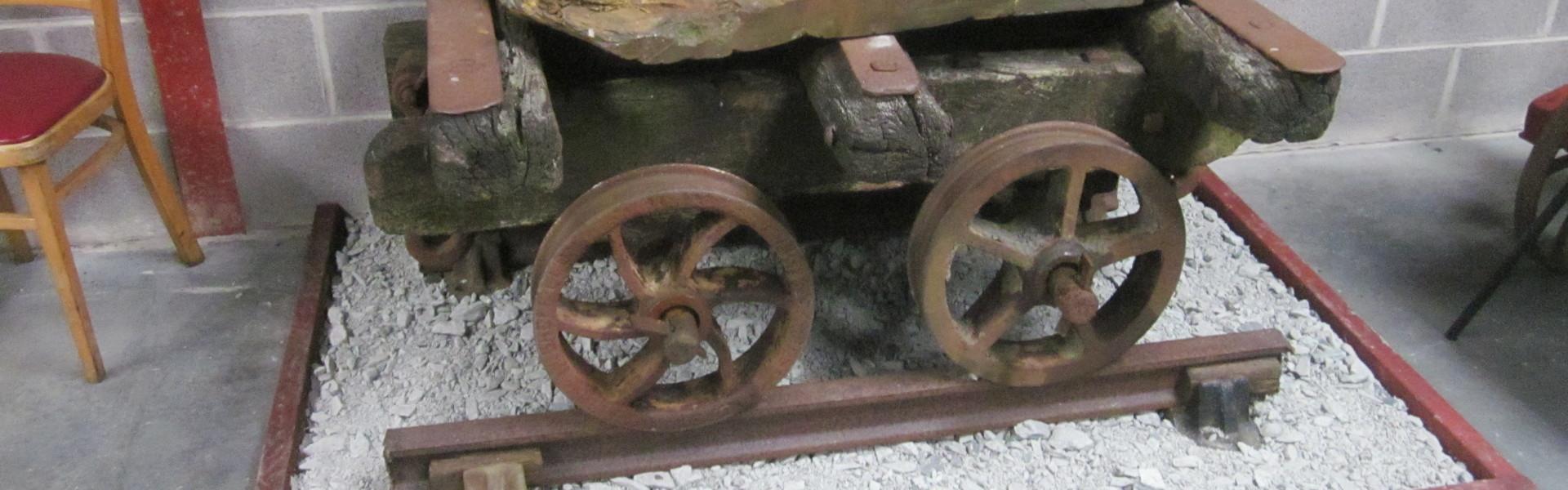 Reilffordd Llyn Tegid