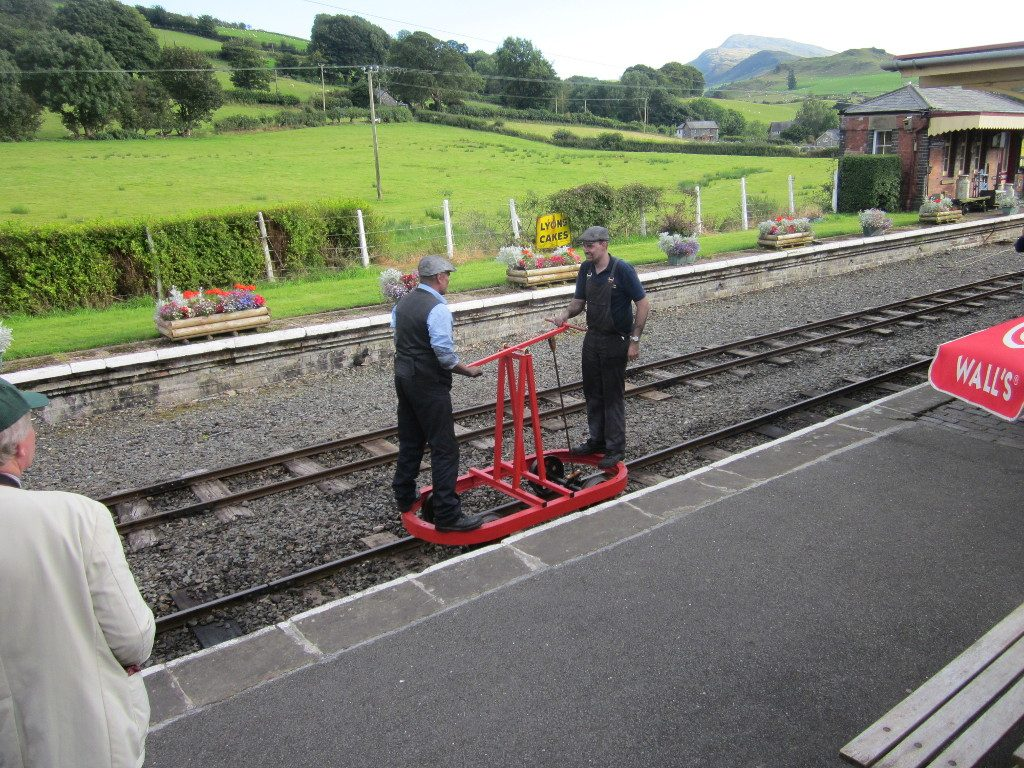 Pump trolley demonstration at Llanuwchlyn