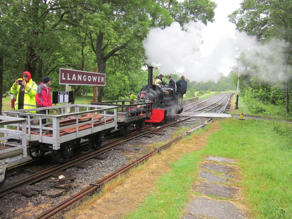 Gwynedd with the Penrhyn goods entering the Llangower loop