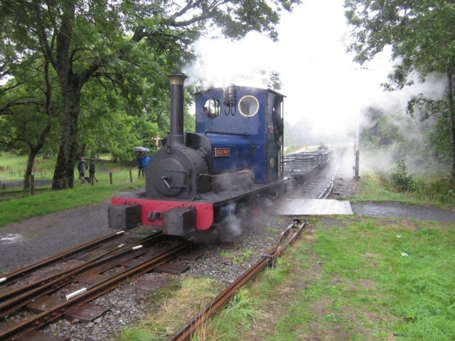 Holy War departs Llangower with a slate train